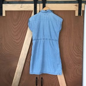 Old Navy Dresses - Old Navy Chambray Dress with Pockets! 👖⭐️ x small